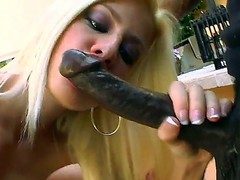 Blonde hottie Jessie Volt kneels and unfathomable blows this darksome chaps huge cock