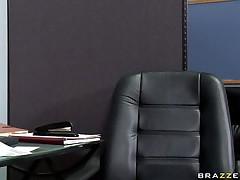hot babe sucking shlong beneath desk