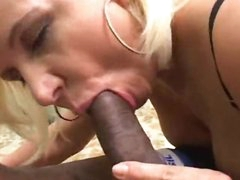 Getting oral-sex with a slutty blonde babe